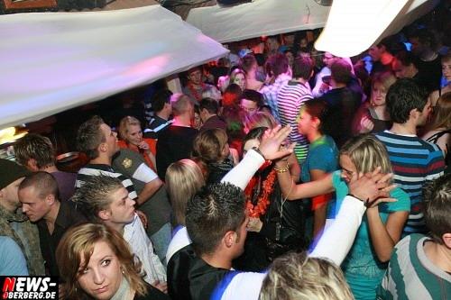 ntoi_jaegermeister_party_03.jpg