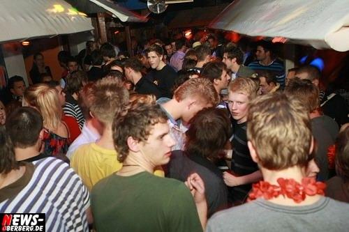 ntoi_jaegermeister_party_21.jpg