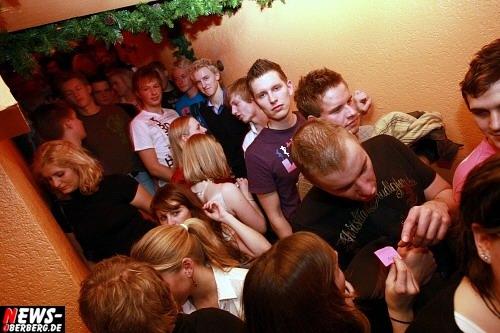 ntoi_b1_santa_clause_party_07.jpg