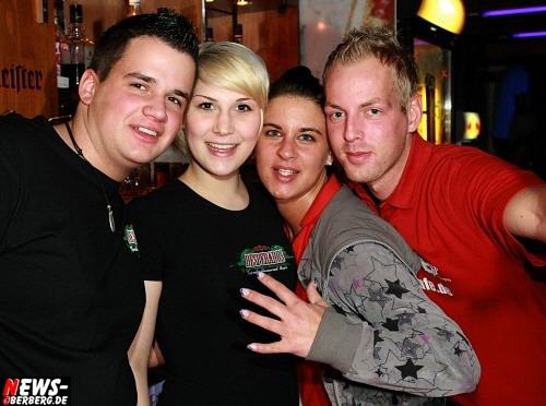 ntoi_b1_studentenfutter_party_08.jpg