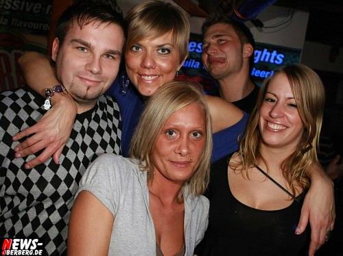 ntoi_b1_studentenfutter_party_15.jpg