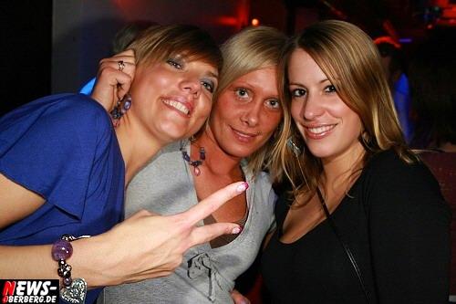 ntoi_b1_studentenfutter_party_36.jpg