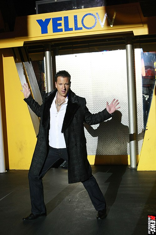 Yellow.NEWS-Oberberg.de: Michael Wendler ´König des Pop-Schlagers´ wählte für seine neue Single – I don´t know – die Kultdisco Yellow in Gummersbach für Foto und Videoaufnahmen aus