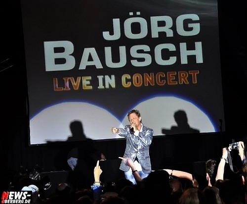 Oberhausen: Großes Kino! ´Jörg Bausch – Live in Concert Part III´ – 1.300 Fans waren sich einig. ´Es war ein sensationelles Konzert in der Luise-Albertz Halle!´ Bonusacts: Sandy Wagner, Midoo, Frank Neuenfels und Anna-Maria Zimmermann