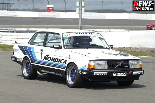 03vln09_03_1034_volvo_240turbo_tourenwagen_revival.jpg