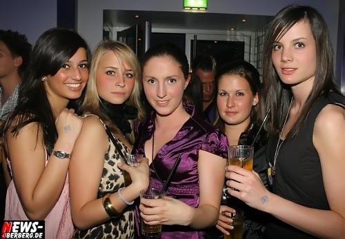 Junge Girls @DKDance
