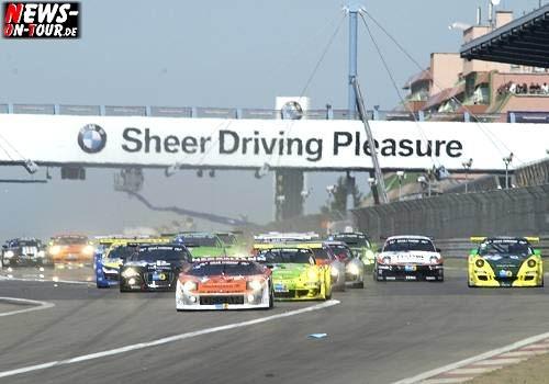 Internationalem ADAC Zurich 24h Rennen Nürburgring