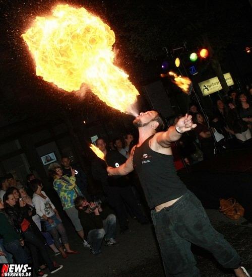 Feuershow - Feuer spucken - Feuerspucker