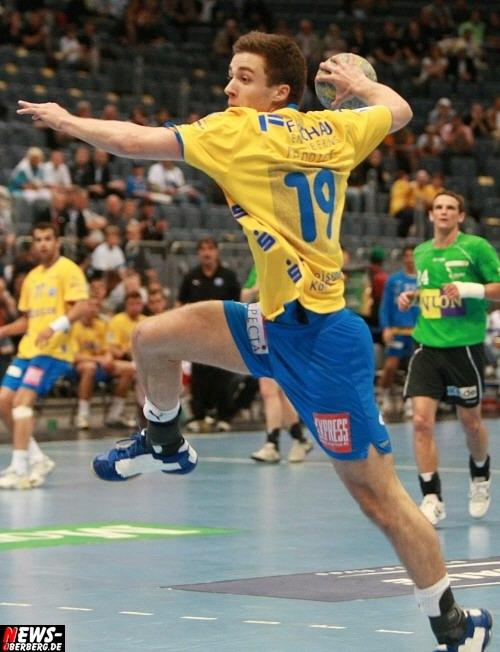 HandballNEWSonTourde Robin Teppich (19) wird auch in