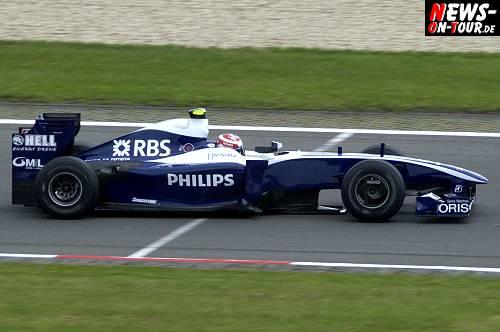 12_kazuki_nakajima_formel-1_nuerburgring-2009_1026.jpg