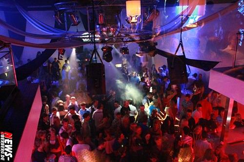 Oberbergischer Kreis (Gummersbach): [Mega-Fotoshooting!] Wo geht die Party ab? Natürlich im DKdance und B1 zum ´Flotten Dreier´ mit kostenlosem Partybustransfer [ Sa. 29.08.2009 ]