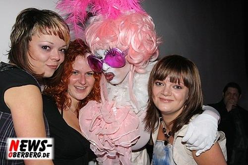 011_500_2009_09_05_dkdance_ladiesnight