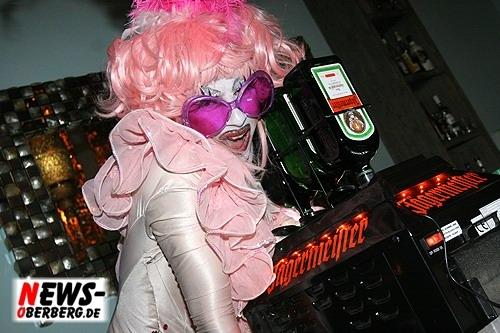 021_500_2009_09_05_dkdance_ladiesnight