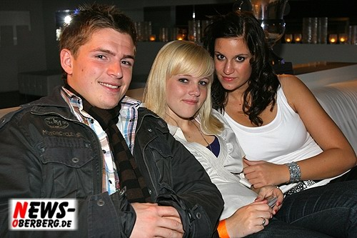 024_500_2009_09_05_dkdance_ladiesnight