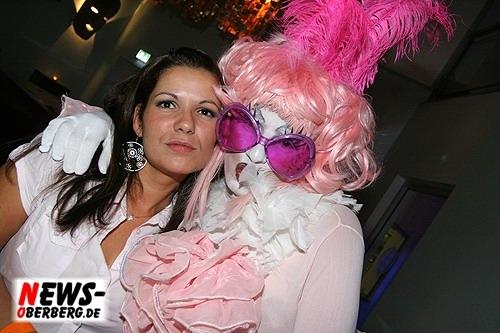 036_500_2009_09_05_dkdance_ladiesnight