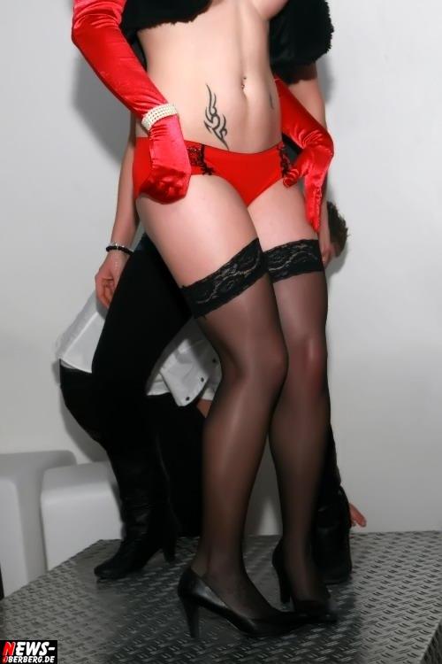 ntoi_dkdance_porn_party_12.jpg