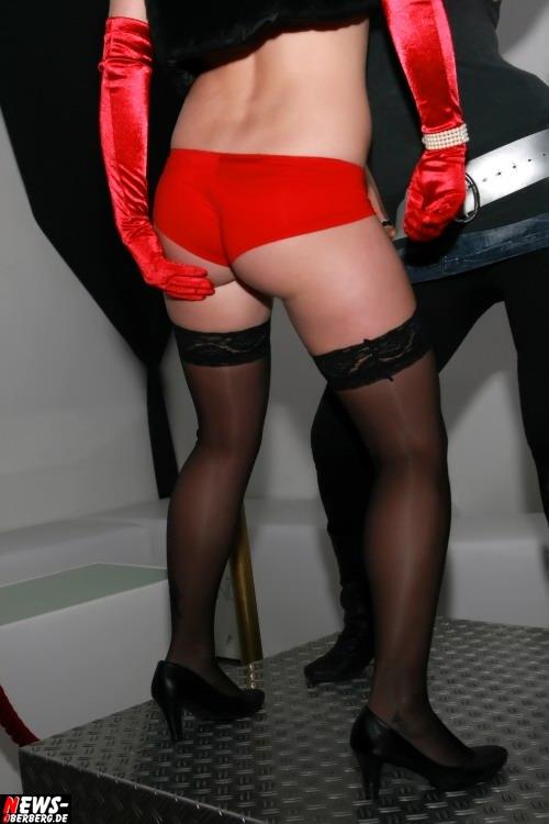 ntoi_dkdance_porn_party_13.jpg