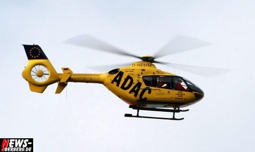 UPDATE!! Oberbergischer Kreis (Waldbröl): Zwei Personen tödlich verunglückt! 19-jähriger Fahrer geriet mit seinem Pkw ins Schleudern und prallte gegen einen entgegenkommenden Tanklastzug. Zwei Tote, ein Schwerverletzter und hoher Sachschaden