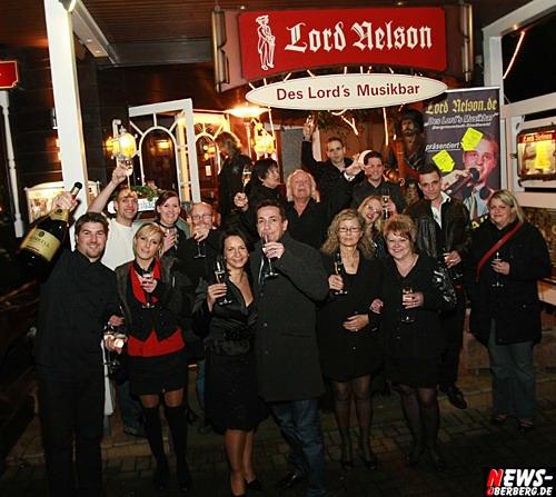 Oberbergischer Kreis (Bergneustadt / Gummersbach): [Final Foto Update mit Video!] Frohes Neues Jahr! Oberberg feierte sich ins Jahr 2010. NEWS-Oberberg besuchte das Lord Nelson, DKdance und das B1