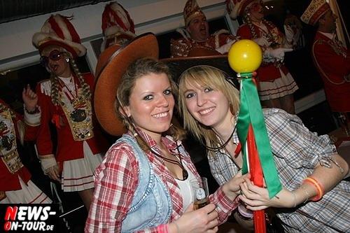 ntoi_karneval_borussia_derschlag_29.jpg