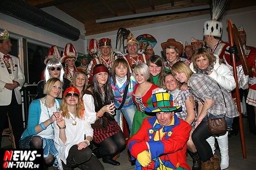 ntoi_karneval_borussia_derschlag_40.jpg