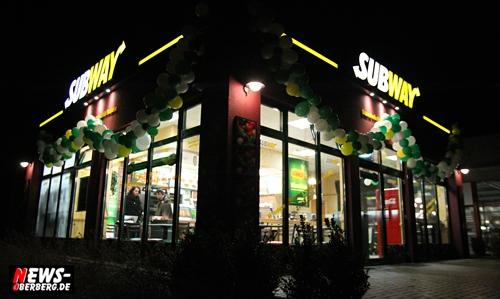 Gummersbach: SUBWAY VOLLMERHAUSEN! Es wird wieder frisch. Wieder eröffnet seit dem 27.02.2010 mit Doppeldecker Angebot (2für1) Unter neuer Leitung von Renée Raymund & Team