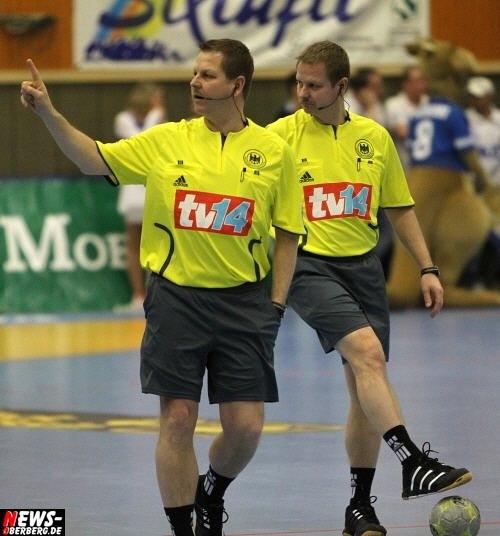 Schiedsrichter Bernd und Reiner Methe