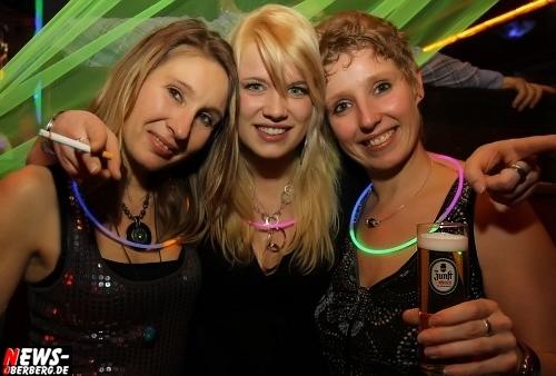 ntoi_neon-party_nachtengel_06.jpg
