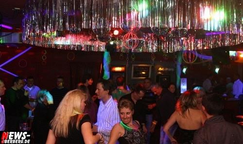 ntoi_neon-party_nachtengel_14.jpg