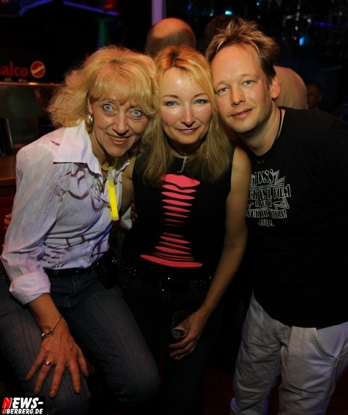 ntoi_neon-party_nachtengel_20.jpg