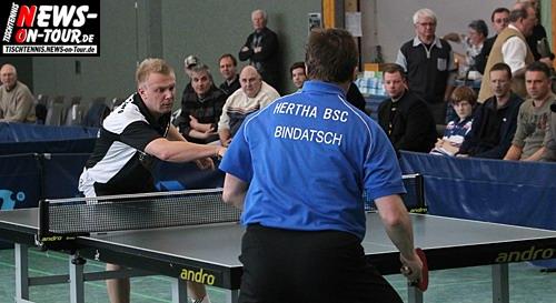TT Video exklusiv! Miroslav Bindatsch gegen Roman Rosenberg (So. 28.03.2010) Spiel: TTC Schwalbe Bergneustadt gegen Herta BSC Berlin