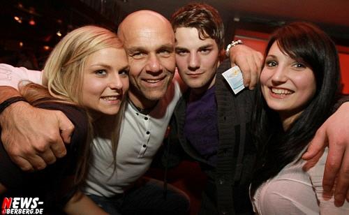 Das war geil! ´Generation TANZHAUS´ (Party) mit DJ Arnd van Lendt. ´Ex-Tanzhaus Resident DJ´ @Nachtengel. Musikalisch auf hohem Niveau (80´er, 90´er aus dem Tanzhaus und aktuelle Hits) – Donnerstag 01.04.2010