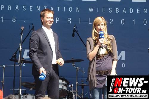 Motorsport.NEWS-on-Tour.de: DTM Präsentation 2010 in Wiesbaden begeistert mit toller Show 110.000 Fans. Die DTM präsentiert neue Fahrer, neue Strecken und neue Regeln