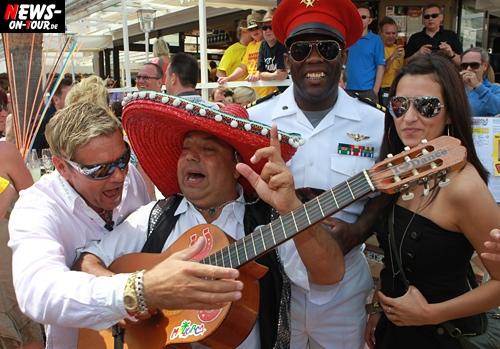 TV.NEWS-on-Tour.de: (2/2) Dieter Bohlen Double HENRY MATZ unterwegs beim Mallorca-Opening 2010! Unbedingt ansehen. Spaß garantiert!!