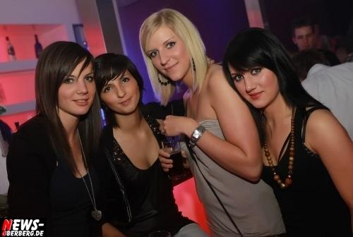 ntoi_ladies-night_dkdance_11.jpg