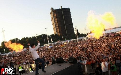 Oberhausen Ole 2010: (Final Update!) Das Mega-Event!! Schlagerkrieg und Feuerwerk an Emotionen! Weit über 40.000 Menschen feierten beim größten Sommerfest im Ruhrgebiet. Zum Abend gesellte sich auch die Sonne dazu (Über 50! neue Fotos online!)