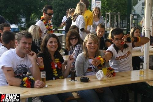 ntoi_b1_fan-emotions_deutschland_vs_australien_gummersbach_03.jpg