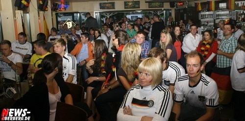 ntoi_b1_fan-emotions_deutschland_vs_australien_gummersbach_05.jpg