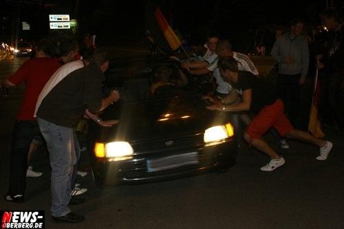 ntoi_b1_fan-emotions_deutschland_vs_australien_gummersbach_069.jpg