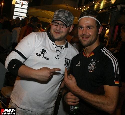 ntoi_b1_fan-emotions_deutschland_vs_australien_gummersbach_075.jpg