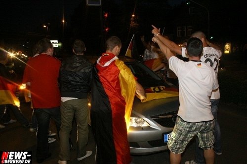 ntoi_b1_fan-emotions_deutschland_vs_australien_gummersbach_076.jpg