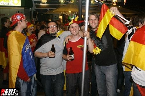 ntoi_b1_fan-emotions_deutschland_vs_australien_gummersbach_079.jpg