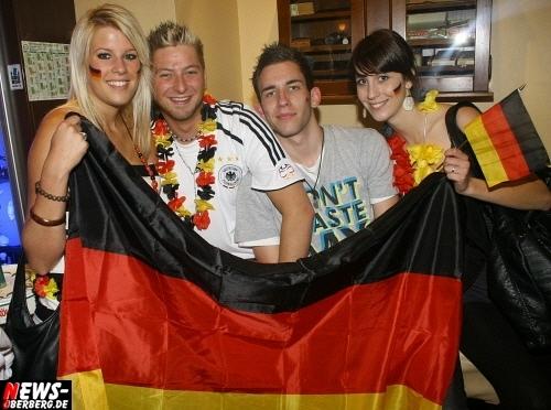 ntoi_b1_fan-emotions_deutschland_vs_australien_gummersbach_08.jpg
