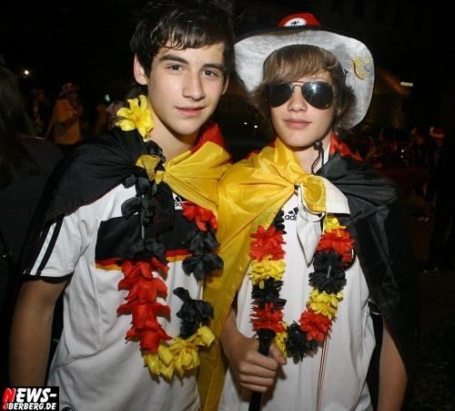 ntoi_b1_fan-emotions_deutschland_vs_australien_gummersbach_081.jpg
