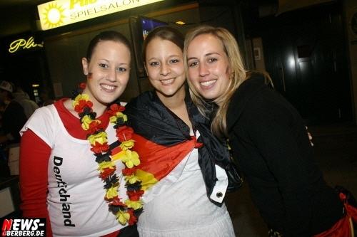ntoi_b1_fan-emotions_deutschland_vs_australien_gummersbach_087.jpg