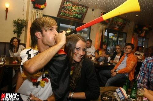 ntoi_b1_fan-emotions_deutschland_vs_australien_gummersbach_09.jpg