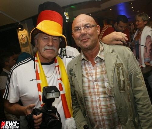 ntoi_b1_fan-emotions_deutschland_vs_australien_gummersbach_091.jpg