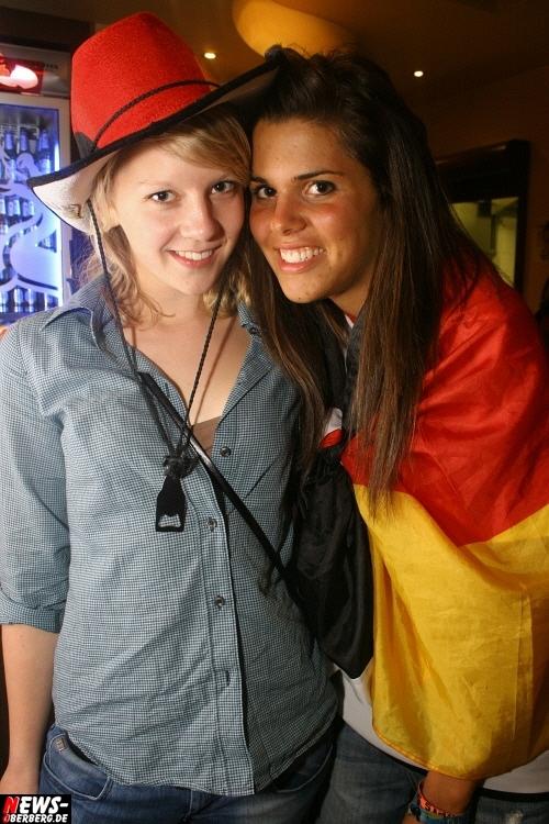 ntoi_b1_fan-emotions_deutschland_vs_australien_gummersbach_096.jpg