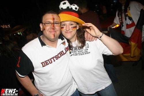 ntoi_b1_fan-emotions_deutschland_vs_australien_gummersbach_100.jpg