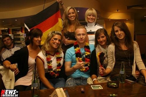 ntoi_b1_fan-emotions_deutschland_vs_australien_gummersbach_27.jpg